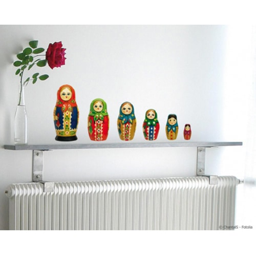Sticker adhésif modèle coquelicot rouge collé sur un grand frigo de luxe
