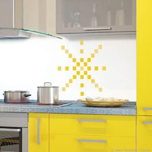 Sticker Pixels Jaunes dans une cuisine