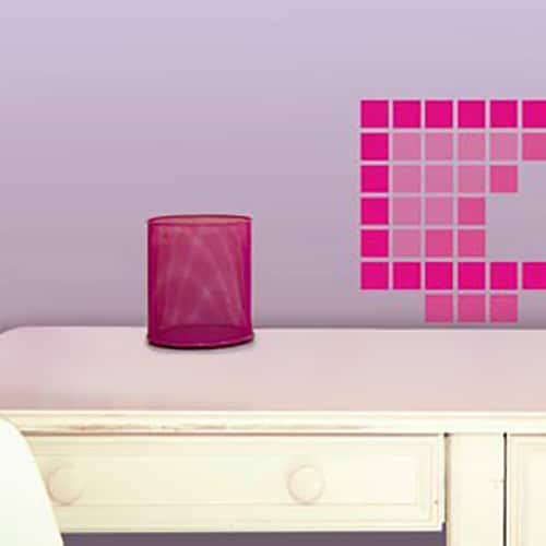 Sticker Pixels Roses sur un meuble