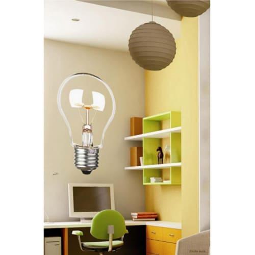 Autocollant mural ampoule mis en ambiance dans un bureau