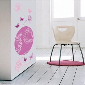 sticker mural dessin fleur des champs roses mis en ambiance sur un mur blanc