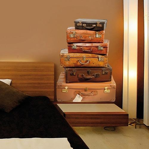 Sticker valises anciennes pour déco dans une chambre