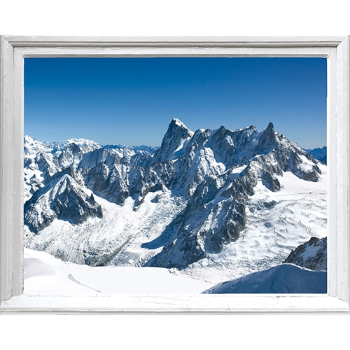 Autocollant fausse fenêtre Montagne Enneigées pour déco de la maison avec une ambiance chalet de montagne.