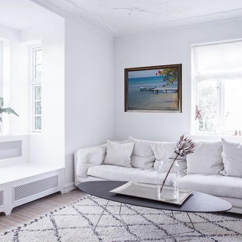 Fenêtre adhésive en trompe l'oeil sur l'Eau collé au mur dans un salon