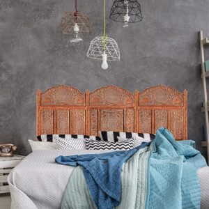Sticker Moucharabieh oriental pour tête de lit mis en ambiance sur mur gris foncé