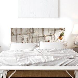 sticker filet de pêche et coquillage sur fond en bois dans une chambre à coucher mur et draps blancs