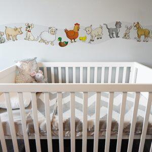 Sticker Frise Animaux de la Ferme avec lit blanc et gris