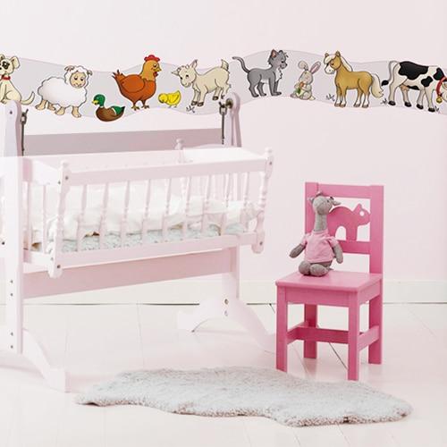 Sticker Frise Animaux de la Ferme avec lit et chaise roses