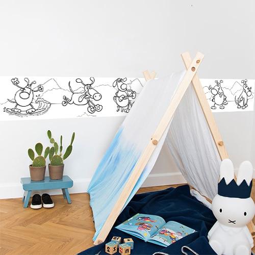Sticker autocollant Frise Funny Dogs à colorier mis en ambiance dans une chambre pour enfants