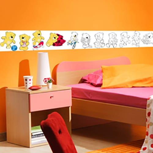Stickers adhésifs Frise Oursons en couleur, mis en ambiance dans une chambre pour enfant