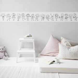 Sticker autocollant à colorier Frise à colorier poupées pour enfant mis en ambiance dans une chambre d'enfant