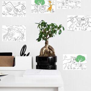 Stickers adhésifs à coloreir animaux d'Afrique mis en ambiance dans une pièce à vivre