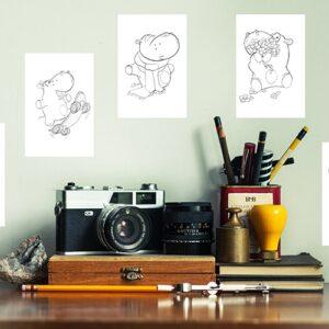 Stickers autocollants Hippopotames à colorier sur un bureau