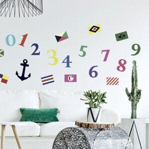 Sticker de pavilllons de Bateau collé sur un mur de salon