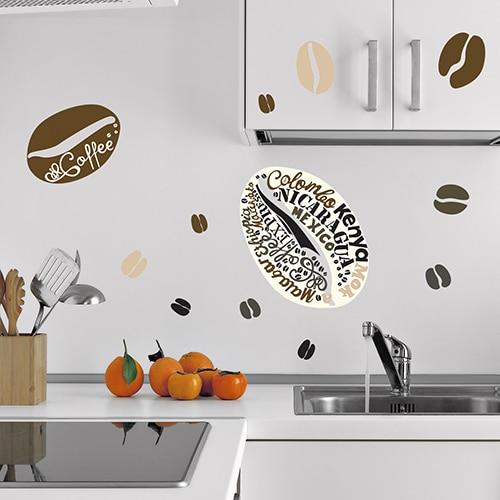 Stickers adhésif arabica avec grains de café collé dans une cuisine