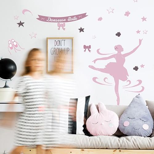 Sticker danseuse étoile dans une chambre de fille