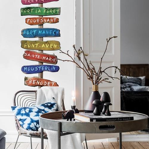 Stickers Panneau de Signalisation villes de Bretagne dans un salon