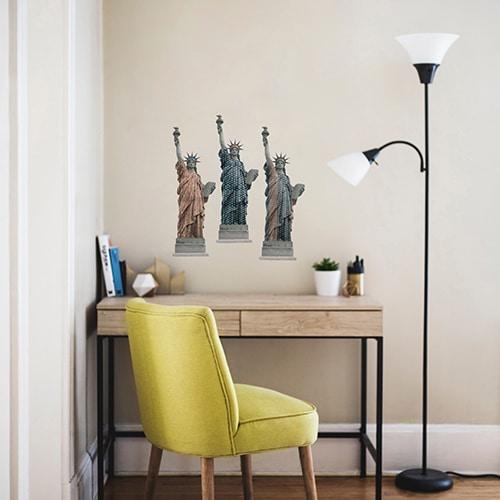 stickers déco de la Statues de la Liberté au-dessus d'une table