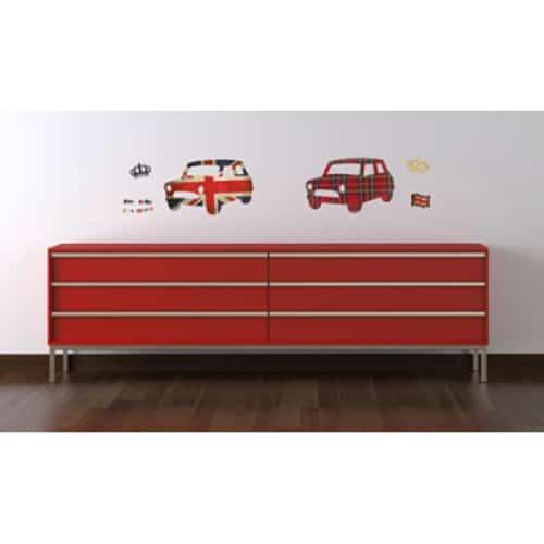 stickers muraux voitures aux couleur du Royaume-Uni avec des couronnes en hommage à la reine