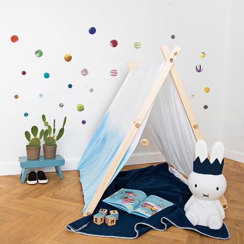 Adhésif à coller au mur pour une chambre d'enfant