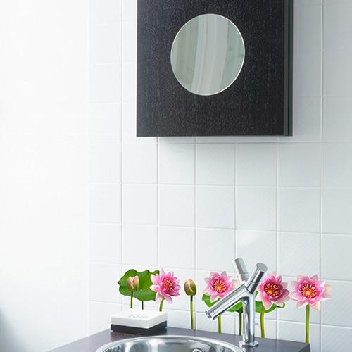 stickers adhésif Nénuphars dans une salle de bain
