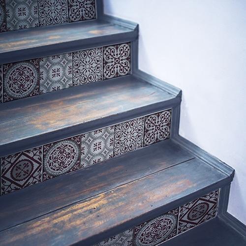 Sticker adhésif Kefalos mauve pour déco contremarches d'escalier