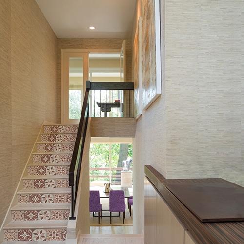 Sticker frise rouge et orange pour contremarches d'escalier moderne