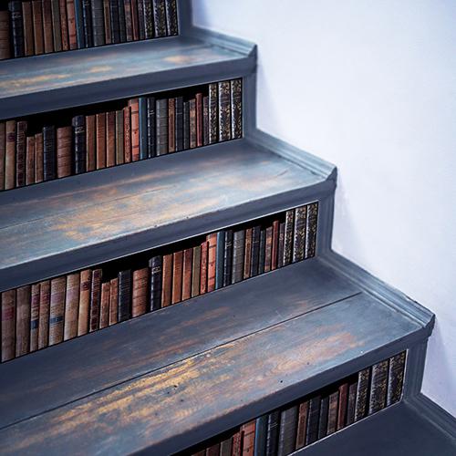 Sticker bibliothèque pour contremarches d'escalier