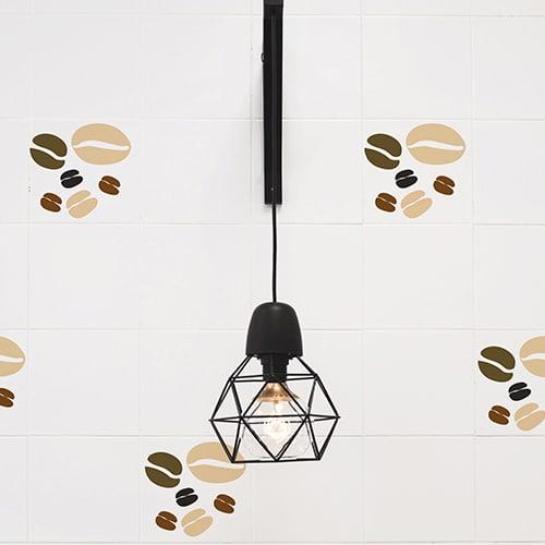 Sticker Carrelage Grains de Café collé sur un mur de cuisine