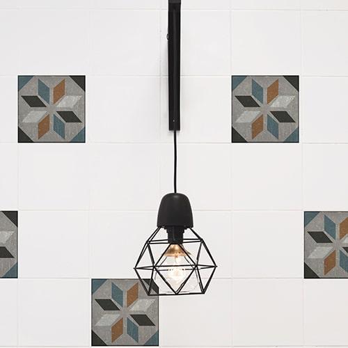Sticker effet Carrelage Carreaux Ciment Vieillis Orange/Bleu avec lampe design