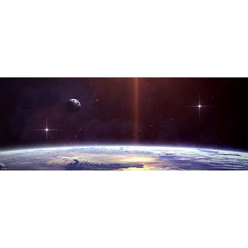 Sticker espace avec planètes et étoiles brillantes mis en ambiance sur un mur gris clair