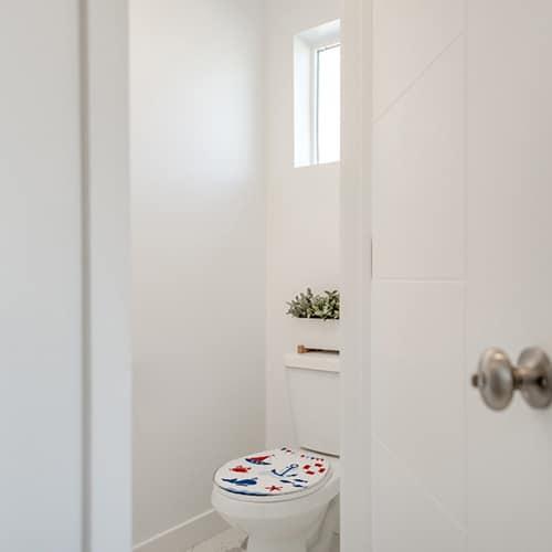 Sticker mer bleu et rouge pour abattant de toilette