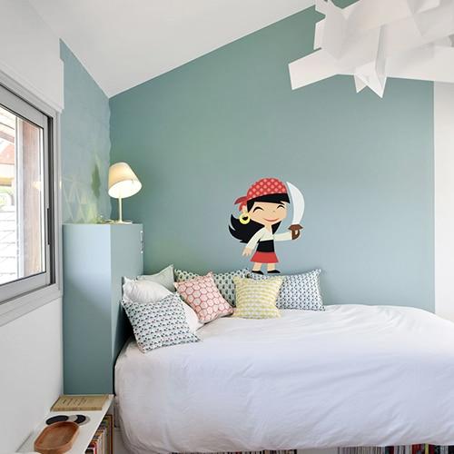 Transformer son salon moderne avec cette magnique photo d'un bord de mer paradisiaque dans un salon avec canapé blanc