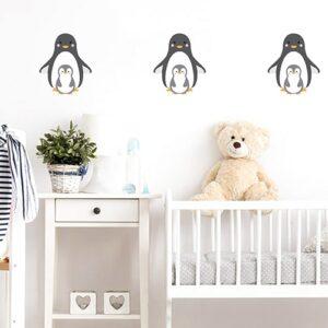trois Stickers maman et bébé pingouins pour enfant dans une chambre de bébé