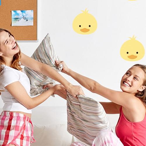 autocollants Tête de poussin jaune pour chambre d'enfants