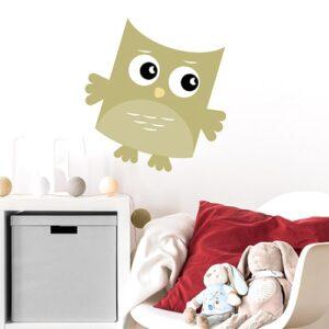 Sticker adhésif Hibou Vert pour enfants mis en ambiance dans une salle de jeux
