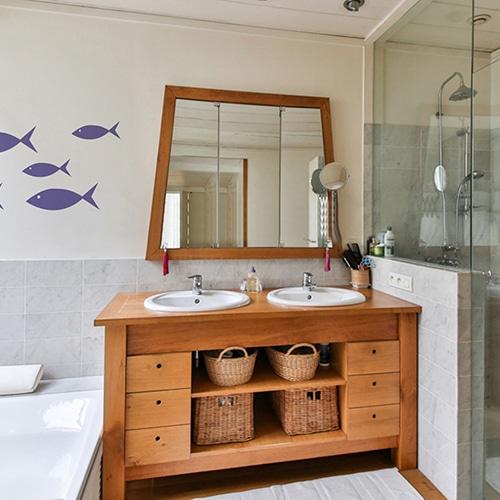 Stickers frise pour vos enfants dans la salle de bain poissons violets !
