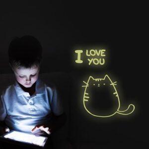 """Stickers autocollant phosphorescent """"I love You"""" Chat sur mur noir"""