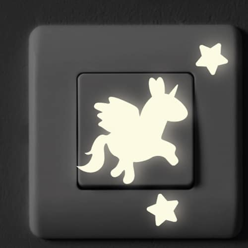 Stickers ON/OFF phosphorescentes sur interrupteur de maison