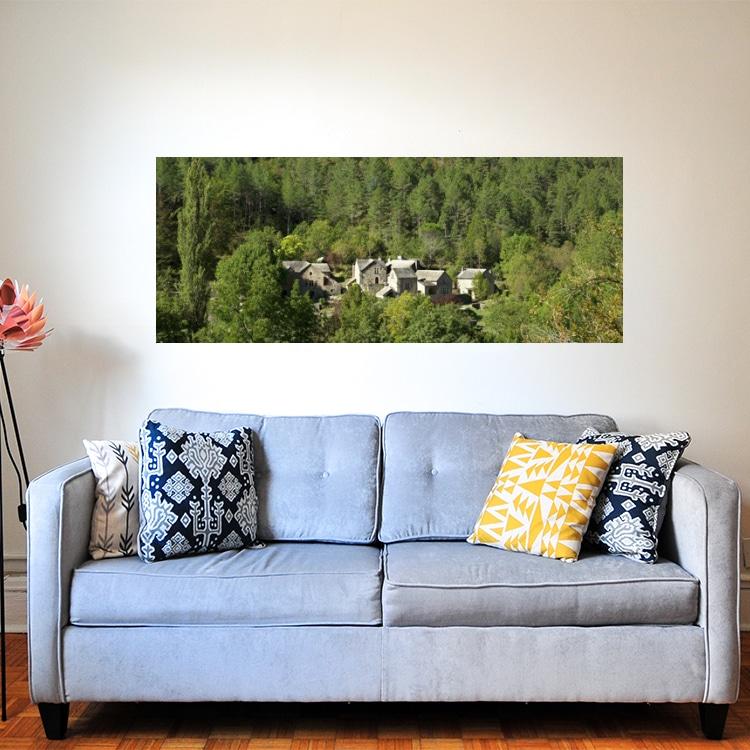 sticker mural forêt sur un mur peinture claire