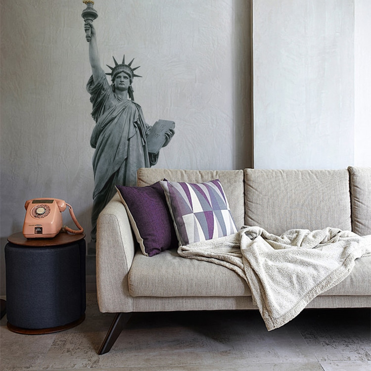 Sticker statue de la liberté sur un mur peinture claire