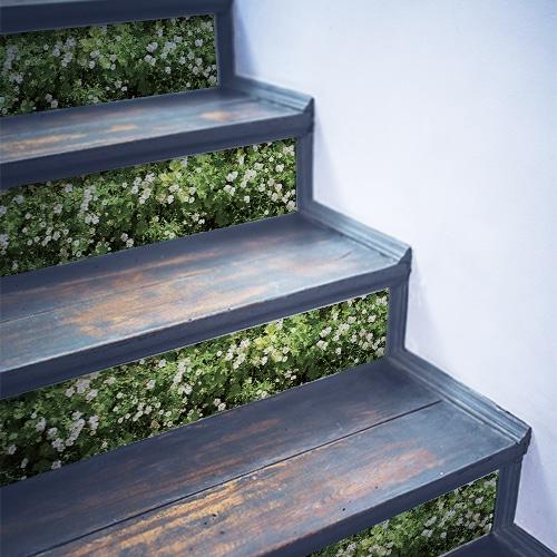 Sticker mur végétal de fleurs pour déco contremarches d'escalier en bois gris