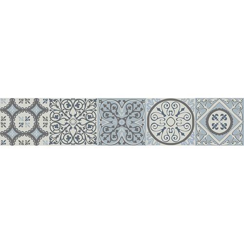Motif Coimbra bleu gris sur des contremarches en bois