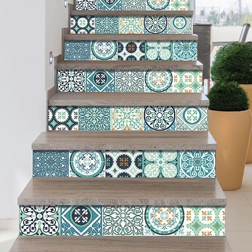 Sticker adhésif Evora vert pour déco contremarches d'escalier carreaux de ciment
