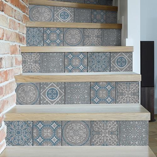 Sticker autocollant Peristeri gris pour déco contremarches d'escalier