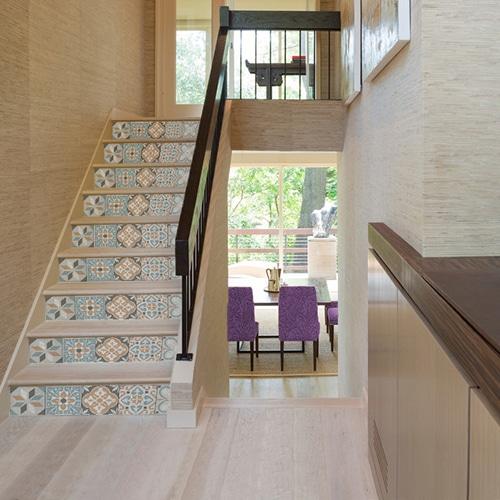 Sticker adhésif motifs rétro bleus gris et oranges pour vos escaliers