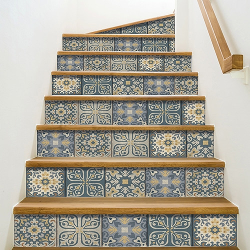 Frise Renaissance bleue et jaune pour coller sur des contremarches d'escaliers