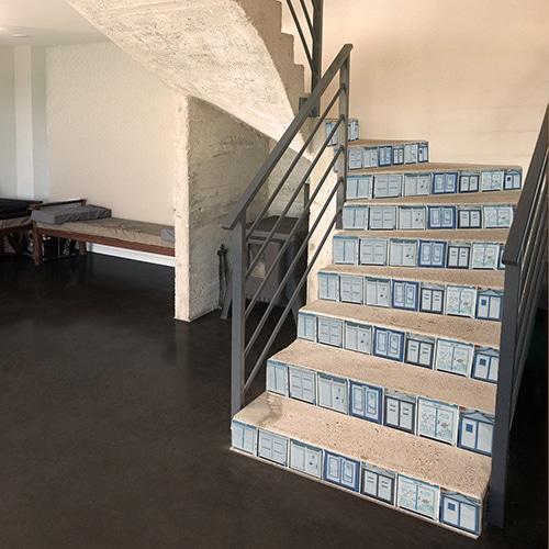 Sticker autocollant Cabines de Plages rétro pour décorer vos escaliers