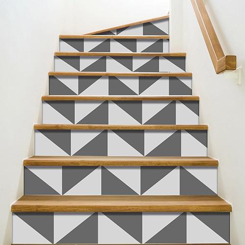 Stickers adhésifs déco Triangles Gris pour contremarches escaliers