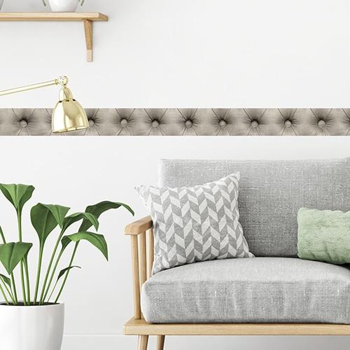 Sticker autocollant Frises droites derrière un canapé